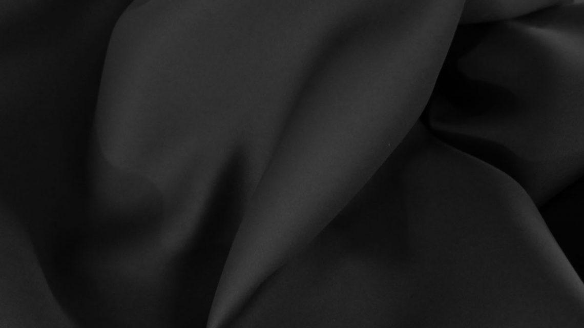 Schwarzer vorhang