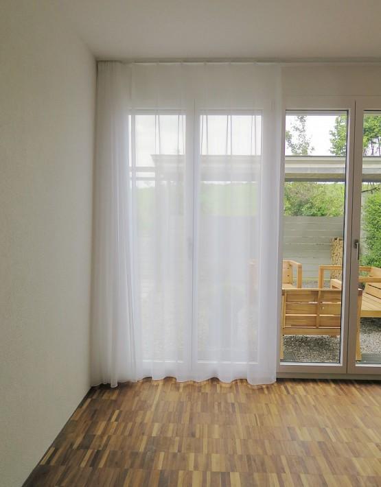 weisser vorhang online preise gratis stoffmuster. Black Bedroom Furniture Sets. Home Design Ideas