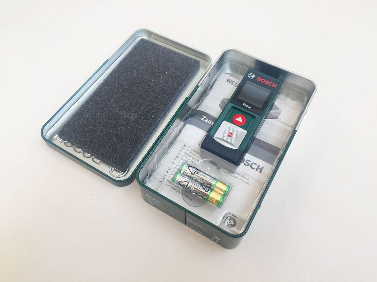 Bosch Entfernungsmesser Zamo Weu Tin Box : Laser entfernungsmesser zamo von bosch in praktischer blech box