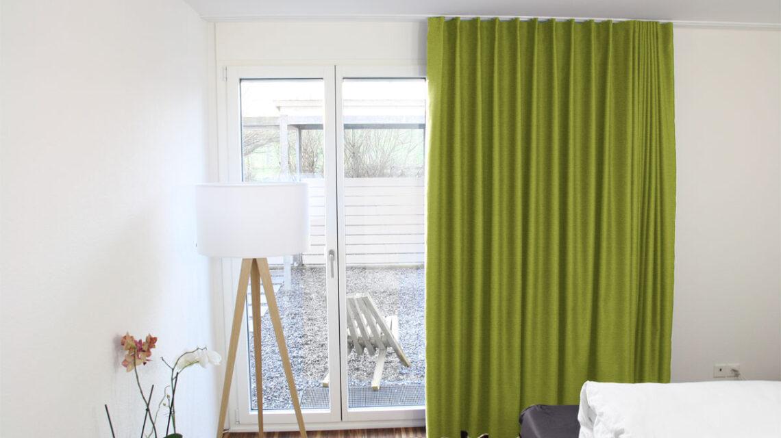 vorhang gr n nach mass. Black Bedroom Furniture Sets. Home Design Ideas
