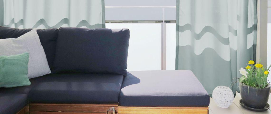 balkontr vorhang mit einem peppst du nicht nur deinen balkon auf sondern hltst auch fliegen und. Black Bedroom Furniture Sets. Home Design Ideas
